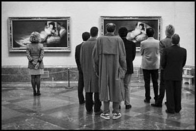 Elliott Erwitt's photo of Goya's.jpg